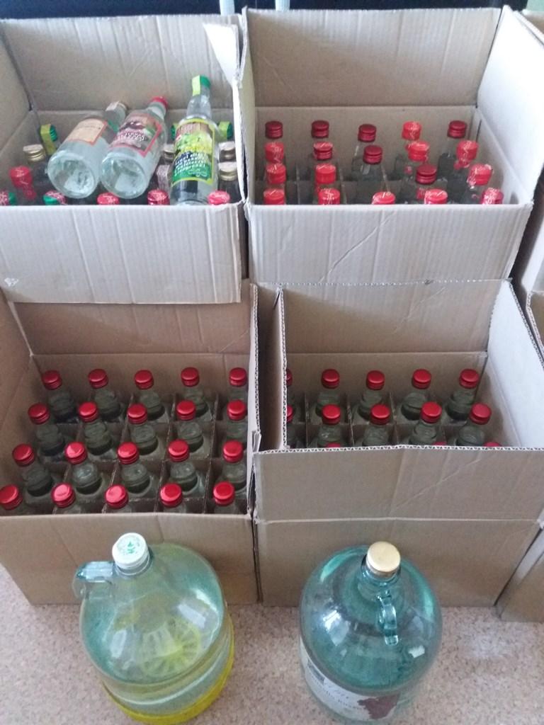 Policjanci z Brzeska zabezpieczyli alkohol bez polskich znaków akcyzy