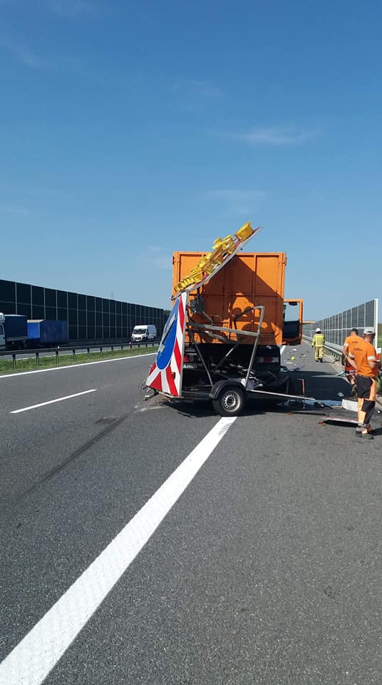 Kolizja drogowa na autostradzie A4
