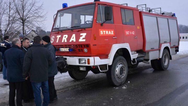 Samochód strażacki i jego wyposażenie przekazane dla strażaków z Popowic na Ukrainie