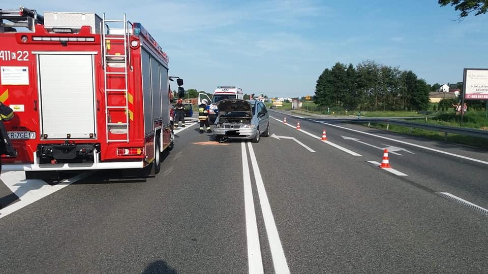 Wypadek drogowy na DK94 w Dębnie
