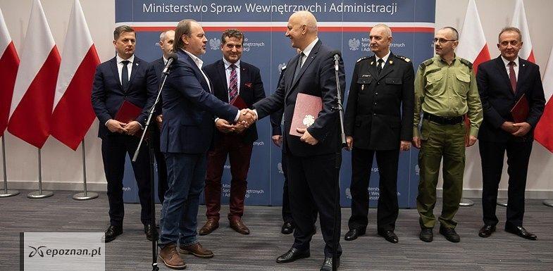 Porozumienie MSWiA i związków zawodowych funkcjonariuszy