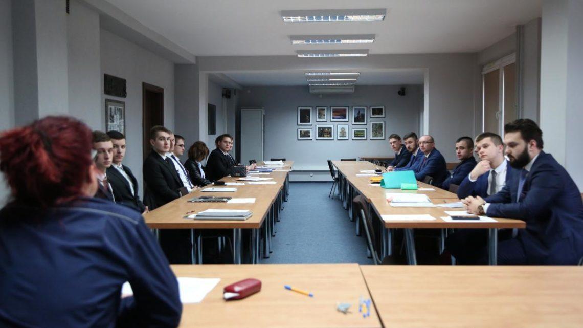 Służbę w brzeskiej komendzie rozpoczęło 4 nowych funkcjonariuszy