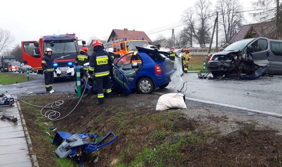 Wypadek drogowy na DK75 w Tworkowej [VIDEO, FOTO]