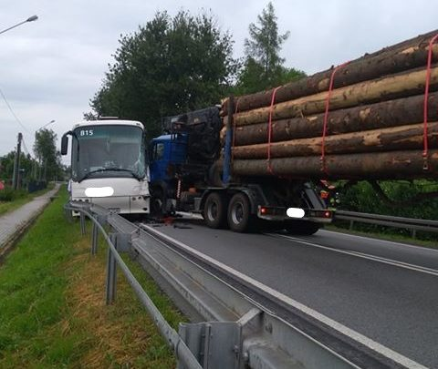 Czchów: Kolizja drogowa na drodze krajowej nr 75 [FOTO]